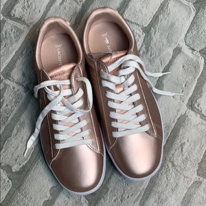 Lacoste Rose Gold sneakers. Brand new.